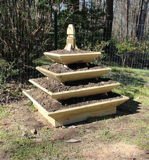 Plans For Pyramid Planters