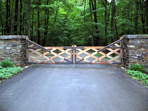 Plans For Wood Driveway Gatew
