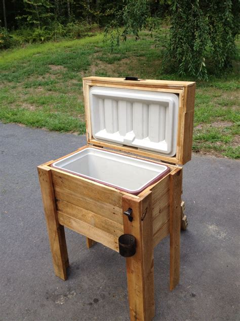 Plans-For-Building-Wooden-Ice-Chest-Holder
