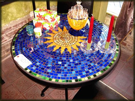 Plans-For-Making-An-Outdoor-Mosaic-Round-Bistro-Table