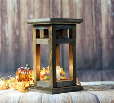 Plans-For-Old-World-Wooden-Candle-Lanterns