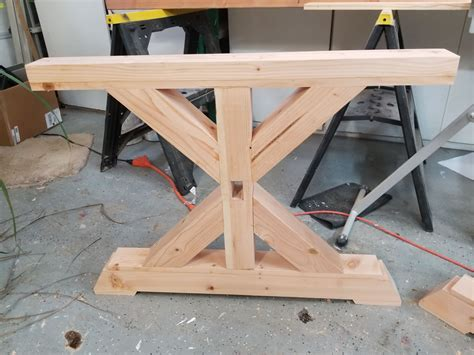 Plans-For-Trestle-Table-Legs