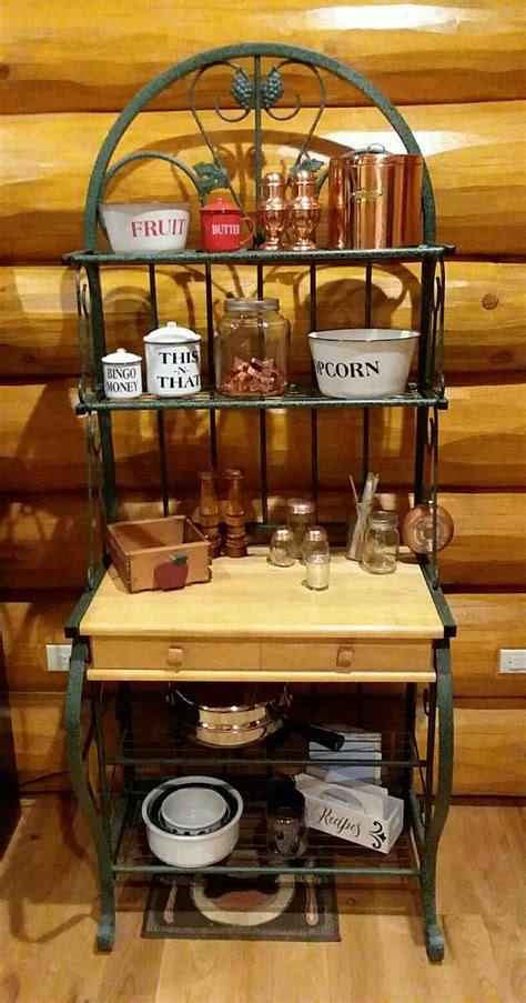 Plans-To-Build-A-Bakers-Rack