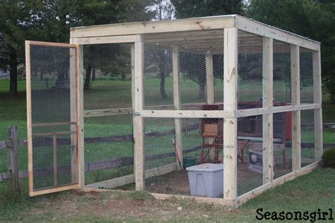 Plans-To-Build-A-Cheap-Chicken-Coop