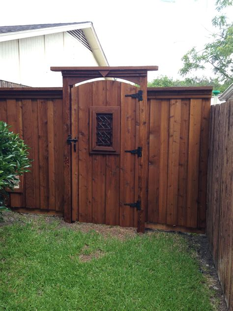 Plans-Wood-Gate-For-Backyard-Fence