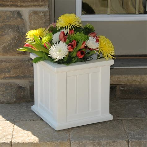 Planter Plastic White