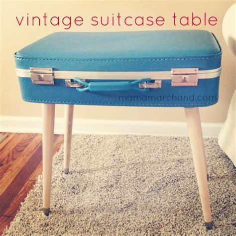 Plastic-Vintage-Suitcase-Table-Diy