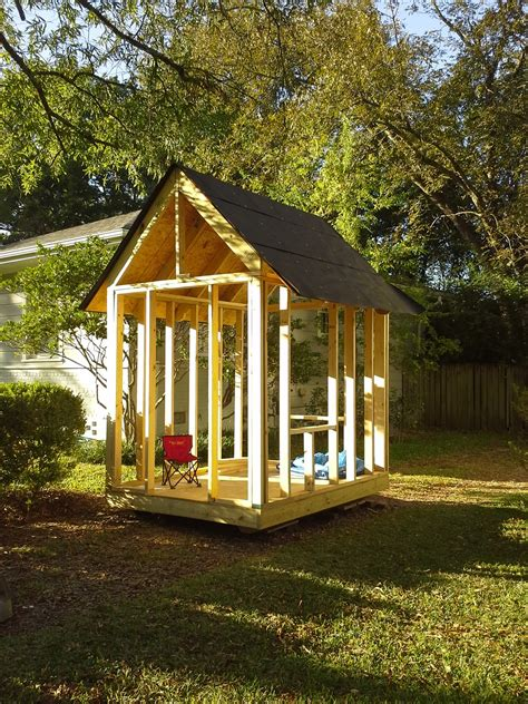 Playhouse Roof Construction
