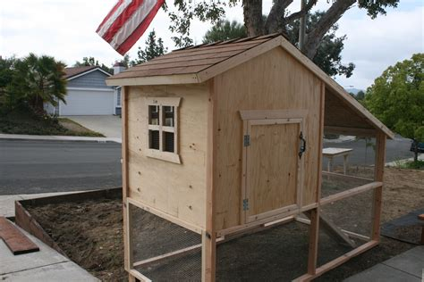 Playhouse-Chicken-Coop-Plans-Free