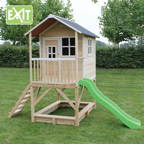 Playhouse-On-Stilts-With-Slide-Plans