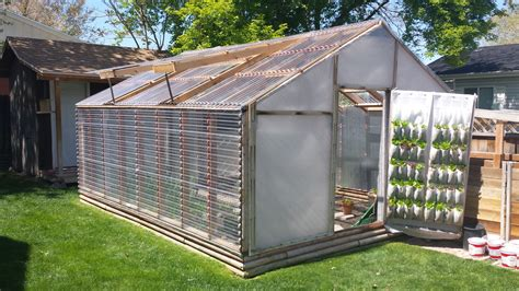 Plexiglass-Greenhouse-Plans