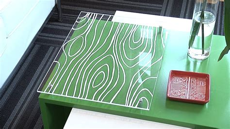 Plexiglass-Table-Diy