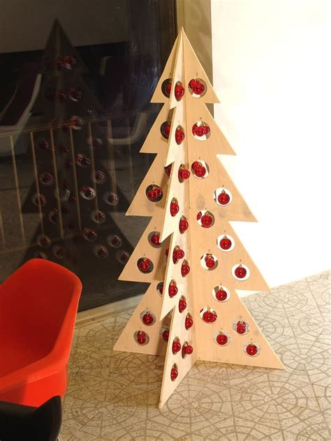 Plywood-Christmas-Tree-Plans