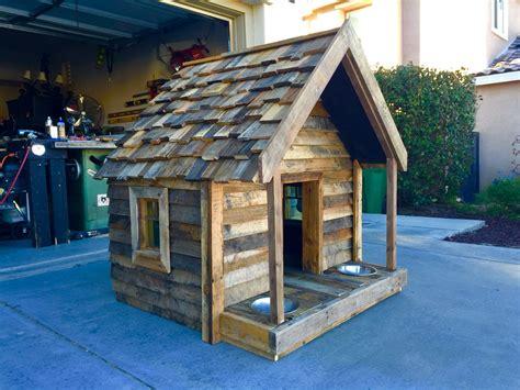 Plywood-Dog-House-Diy