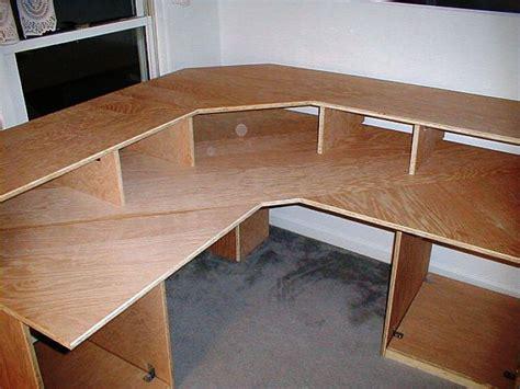 Plywood-Office-Desk-Plans