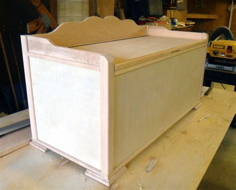 Plywood-Toy-Chest-Plans