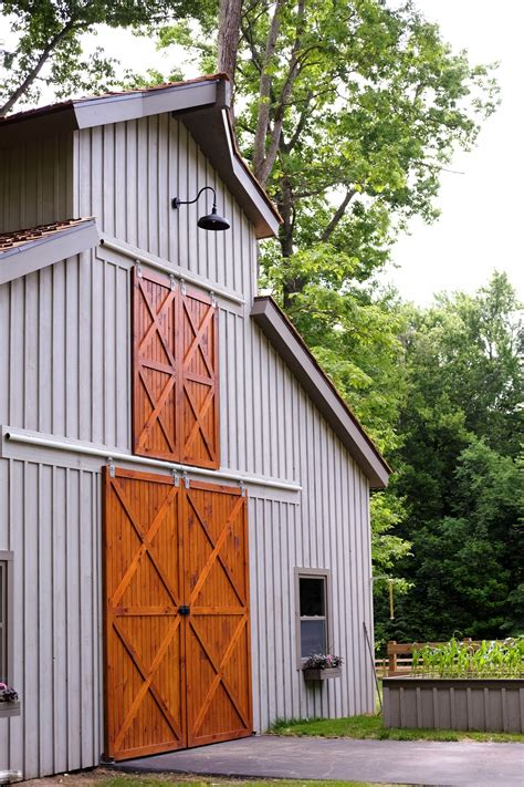 Pole-Barn-Door-Plans