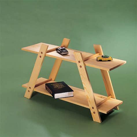 Portable-Bookshelf-Diy