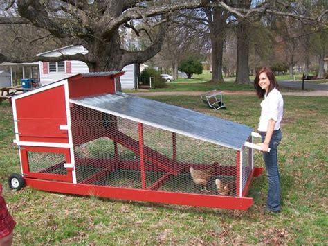 Portable-Chicken-Coop-On-Wheels-Diy