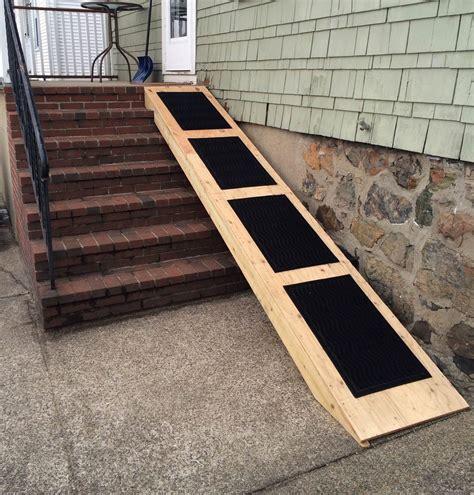Portable-Wooden-Ramp-For-Dog-Diy