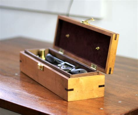 Portable-Woodworking-Tool-Chest