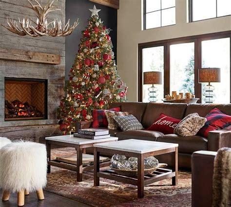 Pottery-Barn-Christmas-Living-Room