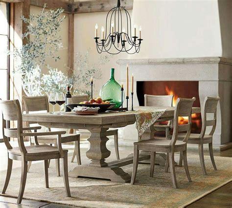 Pottery-Barn-Dining-Room-Table-Decor