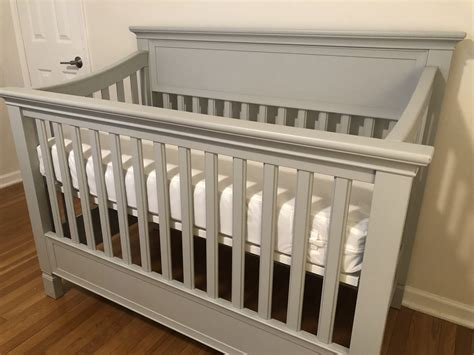 Pottery-Barn-Kids-Crib