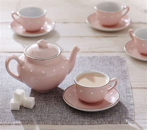 Pottery-Barn-Kids-Tea-Set