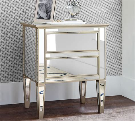 Pottery-Barn-Mirrored-Side-Table