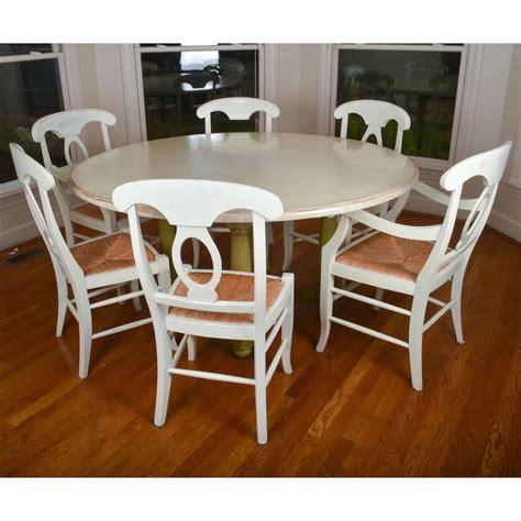 Pottery-Barn-Round-Farmhouse-Table