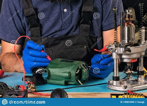 Power Tool Repair Shops