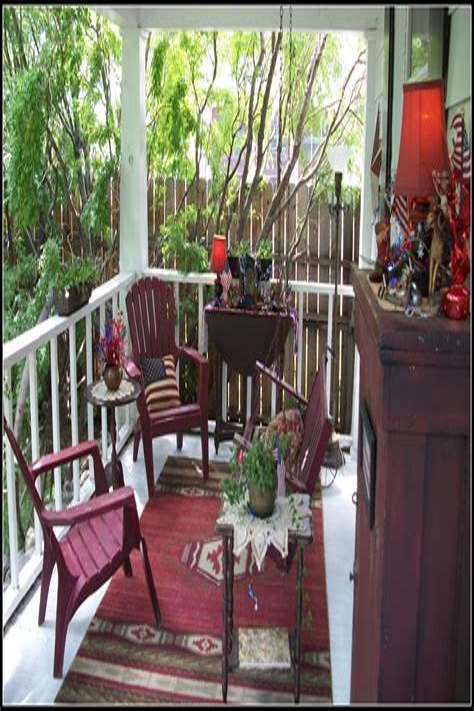 Primitive Porch Decor