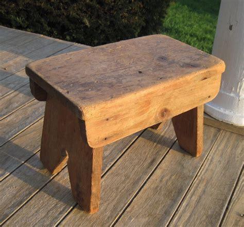 Primitive-Woodworking-Bench