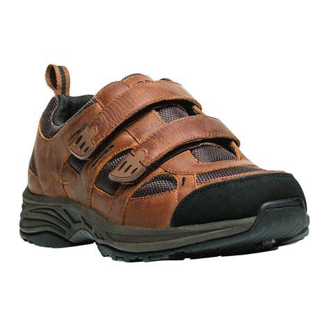 Propet Men's Connelly Walking Shoe