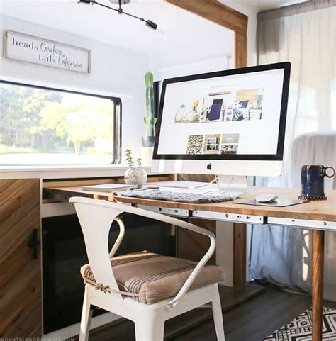 Pull-Out-Desk-Diy