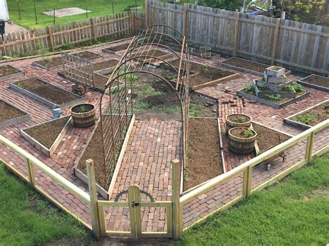 Pumpkin Raised Bed Building Plans