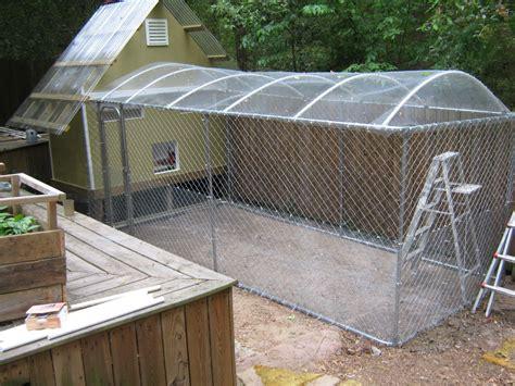 Pvc-Dog-Kennel-Roof-Diy