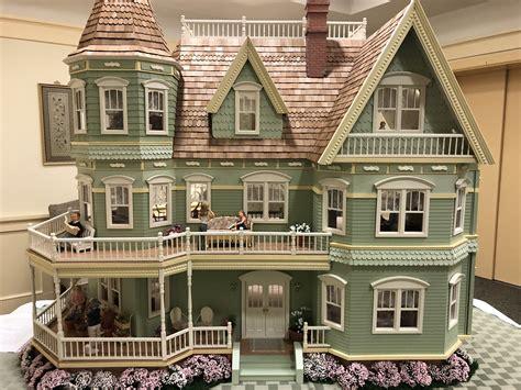 Queen-Anne-Dollhouse-Plans