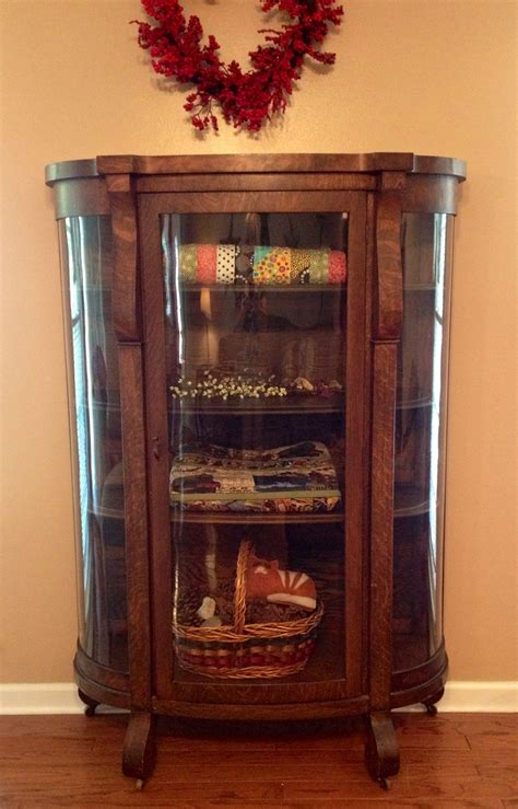 Quilt Cabinet With Glass Doors