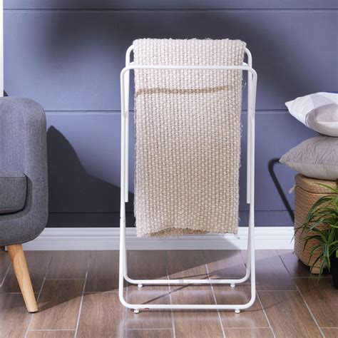 Quilt Rack With Shelf White