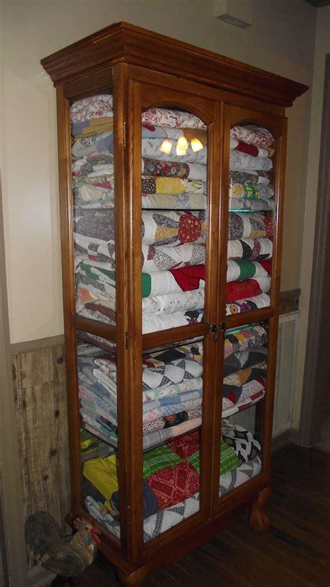 Quilt-Storage-Cabinet-Plans