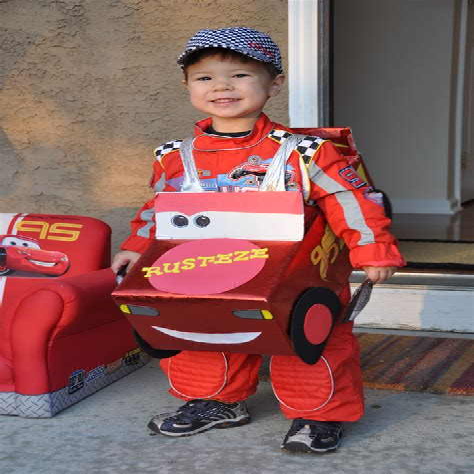 Race-Car-Driver-Costume-Diy