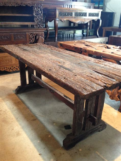 Railroad-Tie-Table-Diy