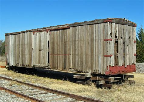 Railroad-Wooden-Boxcar-Plans
