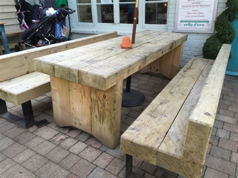 Railway-Sleeper-Table-Diy