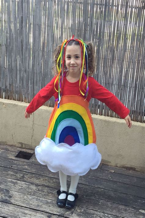 Rainbow-Halloween-Costume-Diy