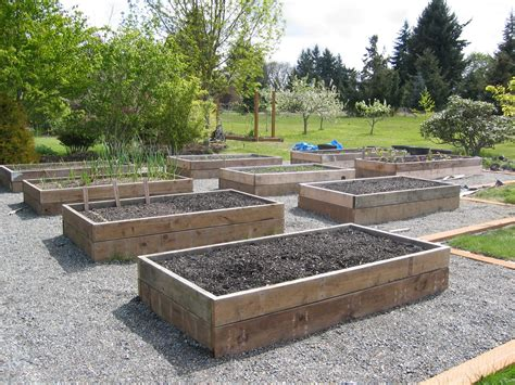 Raised Vegetable Bed Plans