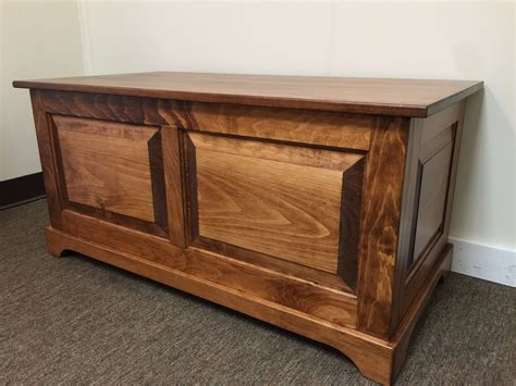 Raised-Panel-Blanket-Chest-Plans