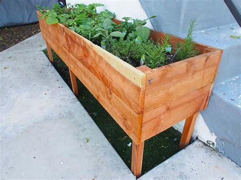Raised-Vegetable-Planter-Box-Plans